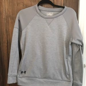 Ladies small Under Armour loose fit cold gear top